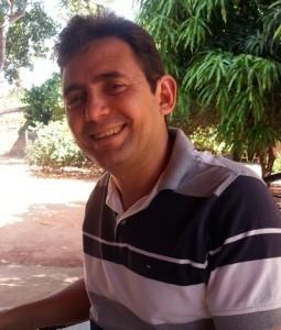 Prefeito-Dr.-Edson-Santos-11-255x300.jpg