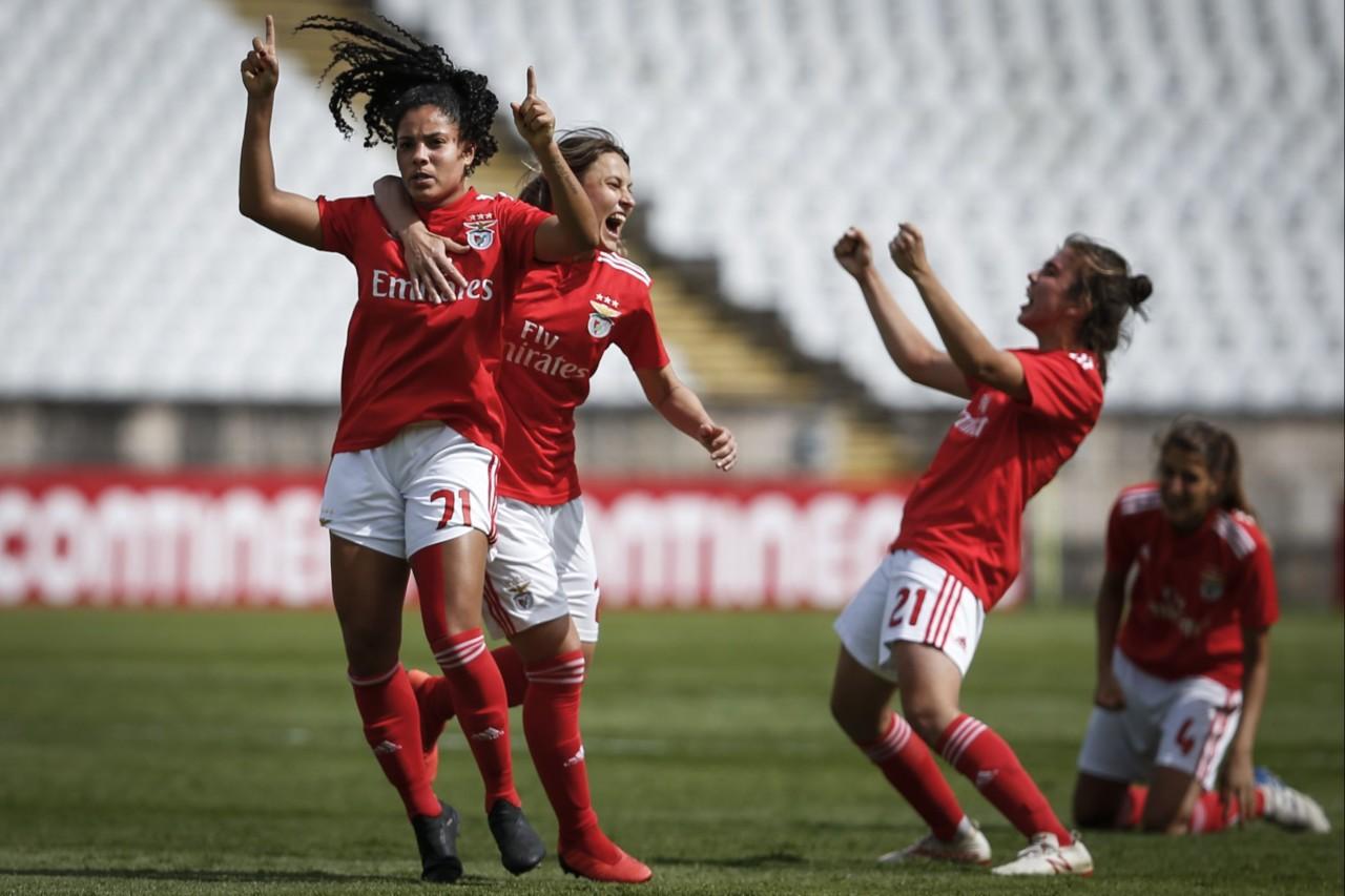 Futebol feminino_3.jpg