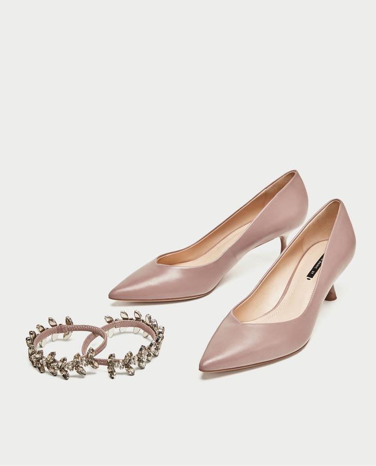 Sapato tacão medio pele pulseira joia_1_49_95.jpg