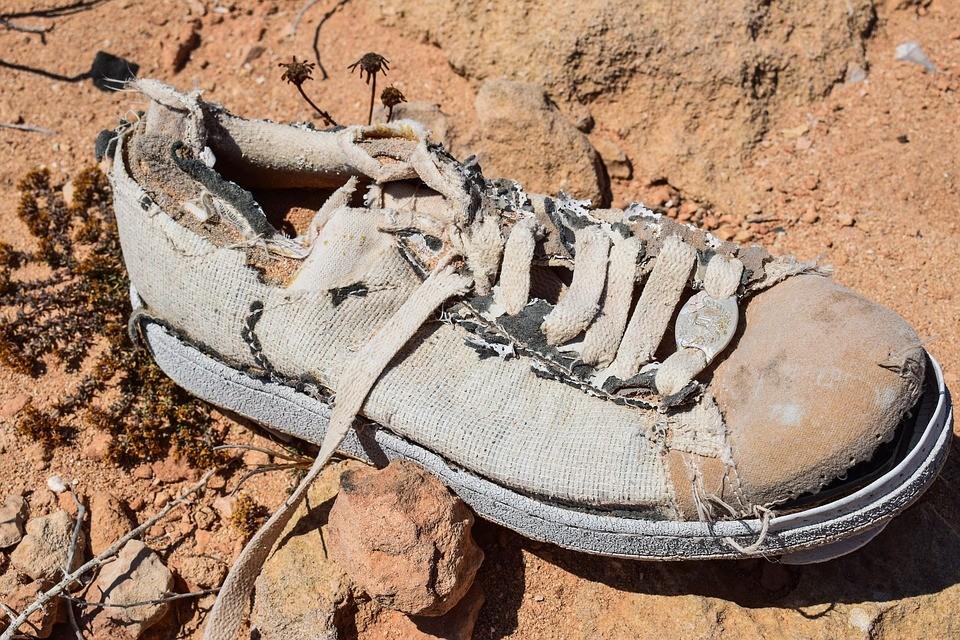 shoe-2439003_960_720.jpg