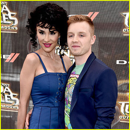 shameless-star-noel-fisher-and-layla-alizada-are-m