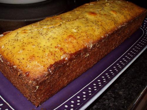 Fica um bolo mesmo diferente, tanto no aspecto como no sabor, ainda ...