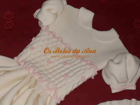 Bolo Baptizado Personalizado 3D - Caixa de Vestido de Baptizado