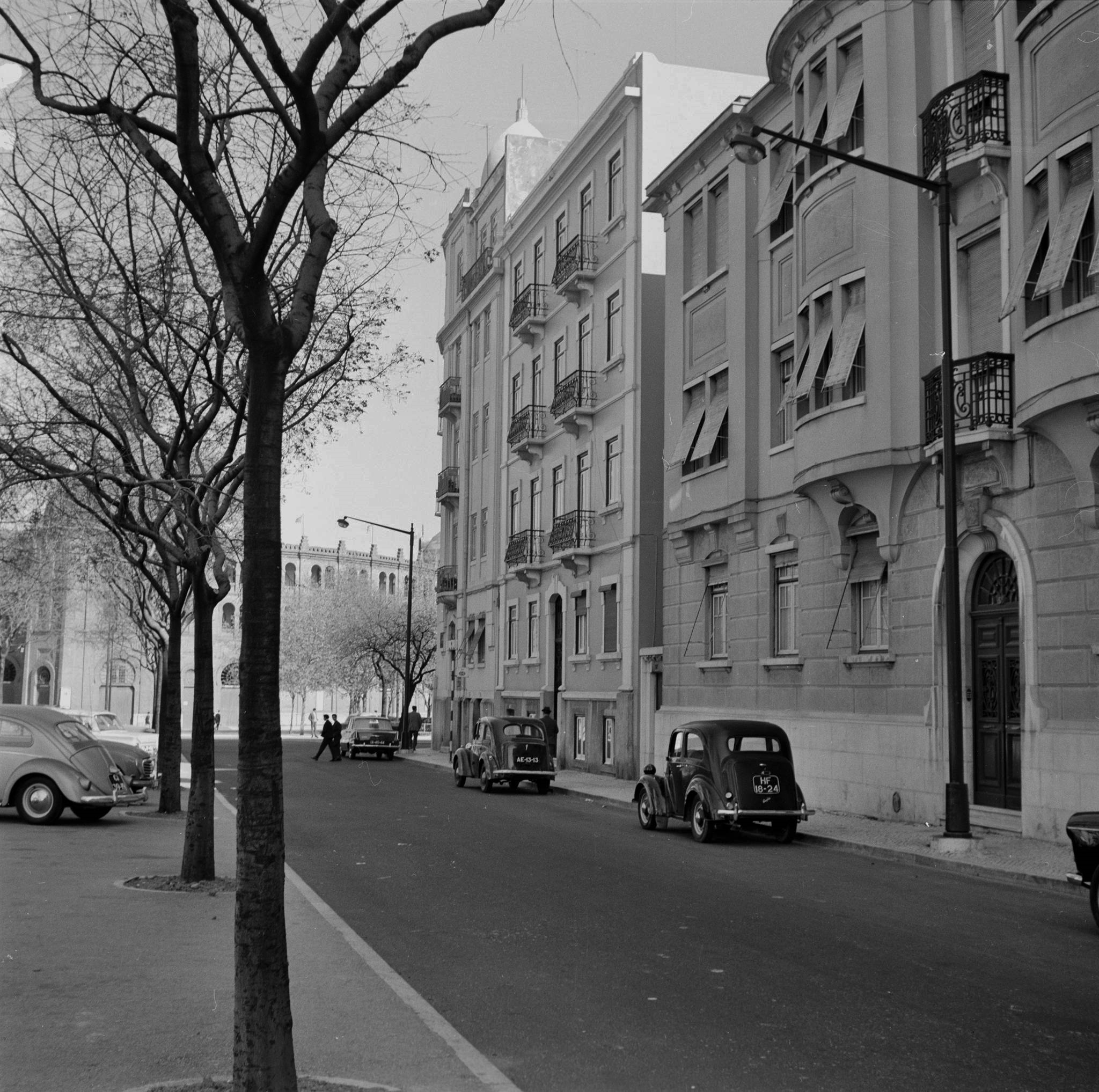 Av. dos Defensores de Chaves, Lisboa (A. Goulart, 1966)