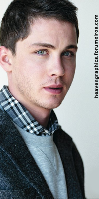 Logan Lerman 15191378_Uvfu5